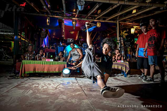 kasbah break dancers boracay